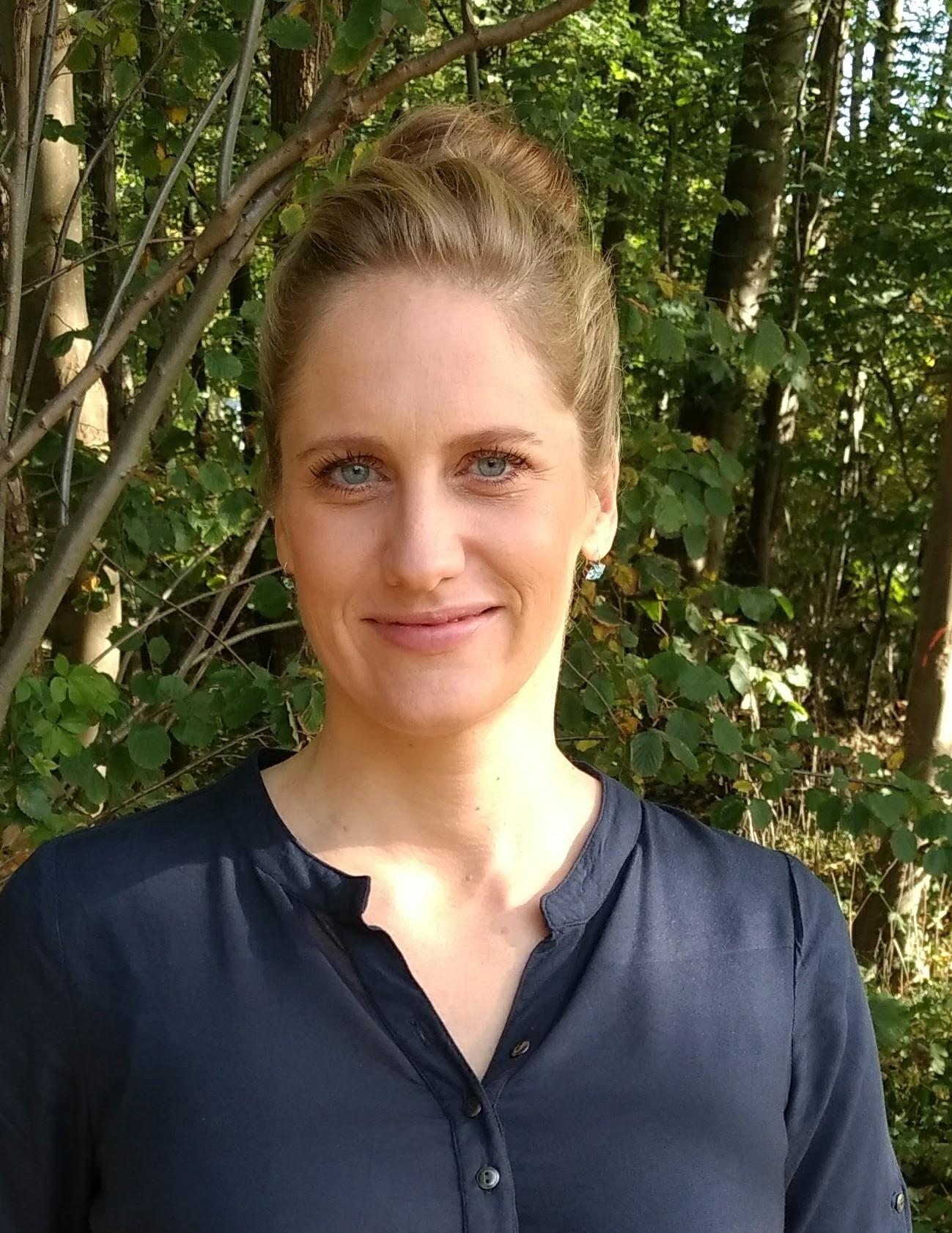 Dr. med. Ursula Manunzio Portrait